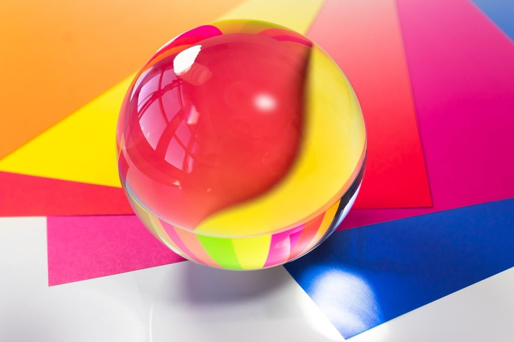 glass-ball-4004614_1280 (1)